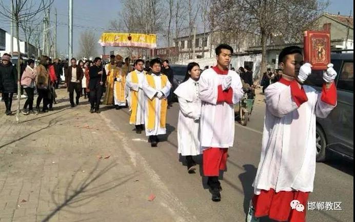 河北:邯郸教区孙继根主教探访魏县若瑟堂区